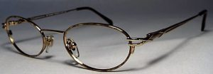 Belladonna 039 frames in gold.