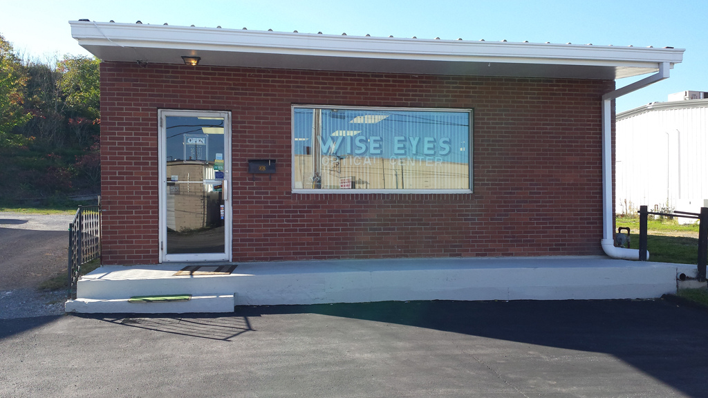 Philipsburg Wise Eyes Optical Exterior